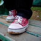 汚れた靴の画像
