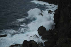 大荒れの海の画像