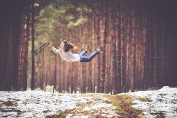 飛ぶ夢を見たときの夢占い・夢診断