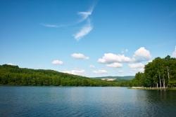 湖の夢を見たときの夢占い・夢診断