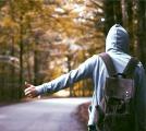 ヒッチハイクする夢を見たときの夢占い・夢診断