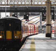 電車を乗り過ごす夢の意味